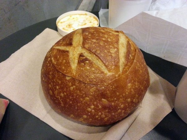 20121118_Boudin-Bread_Bowl